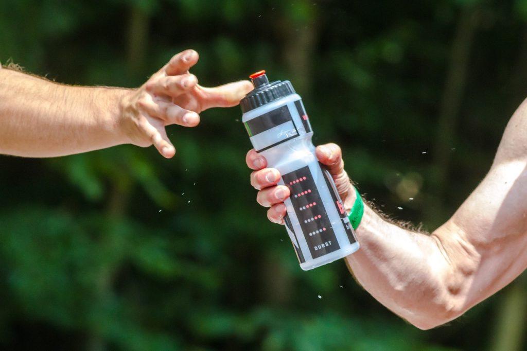スポーツドリンクよりもはちみつ水
